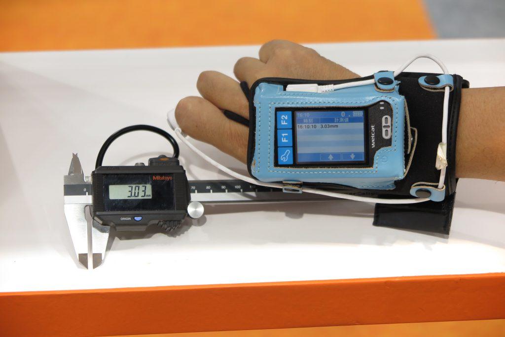 デジタルノギス等、多様な周辺機器との連携が可能